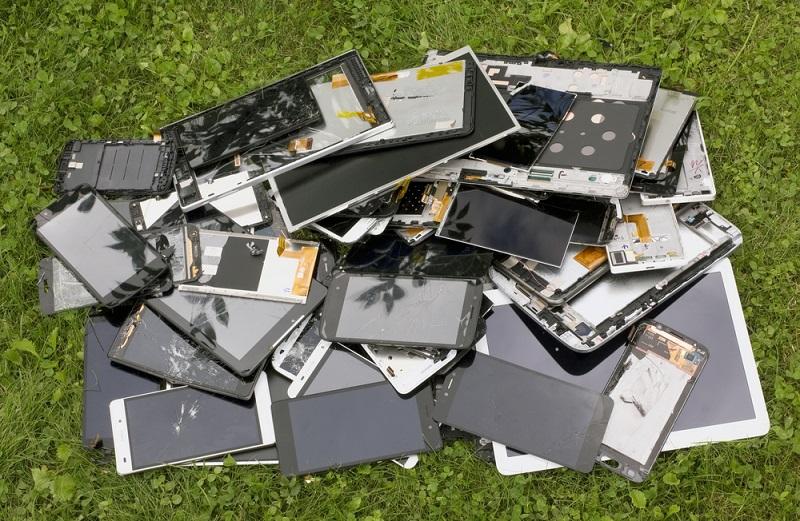 פסולת אלקטרונית בעידן של היום