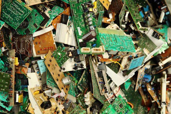 פינוי פסולת אלקטרונית
